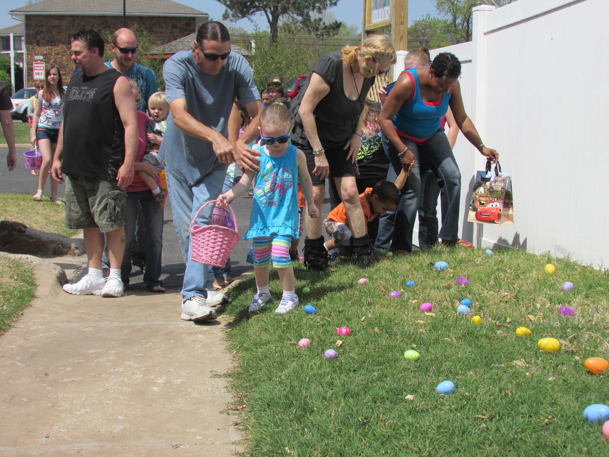 ISA 2014 Easter Egg Hunt_031.JPG
