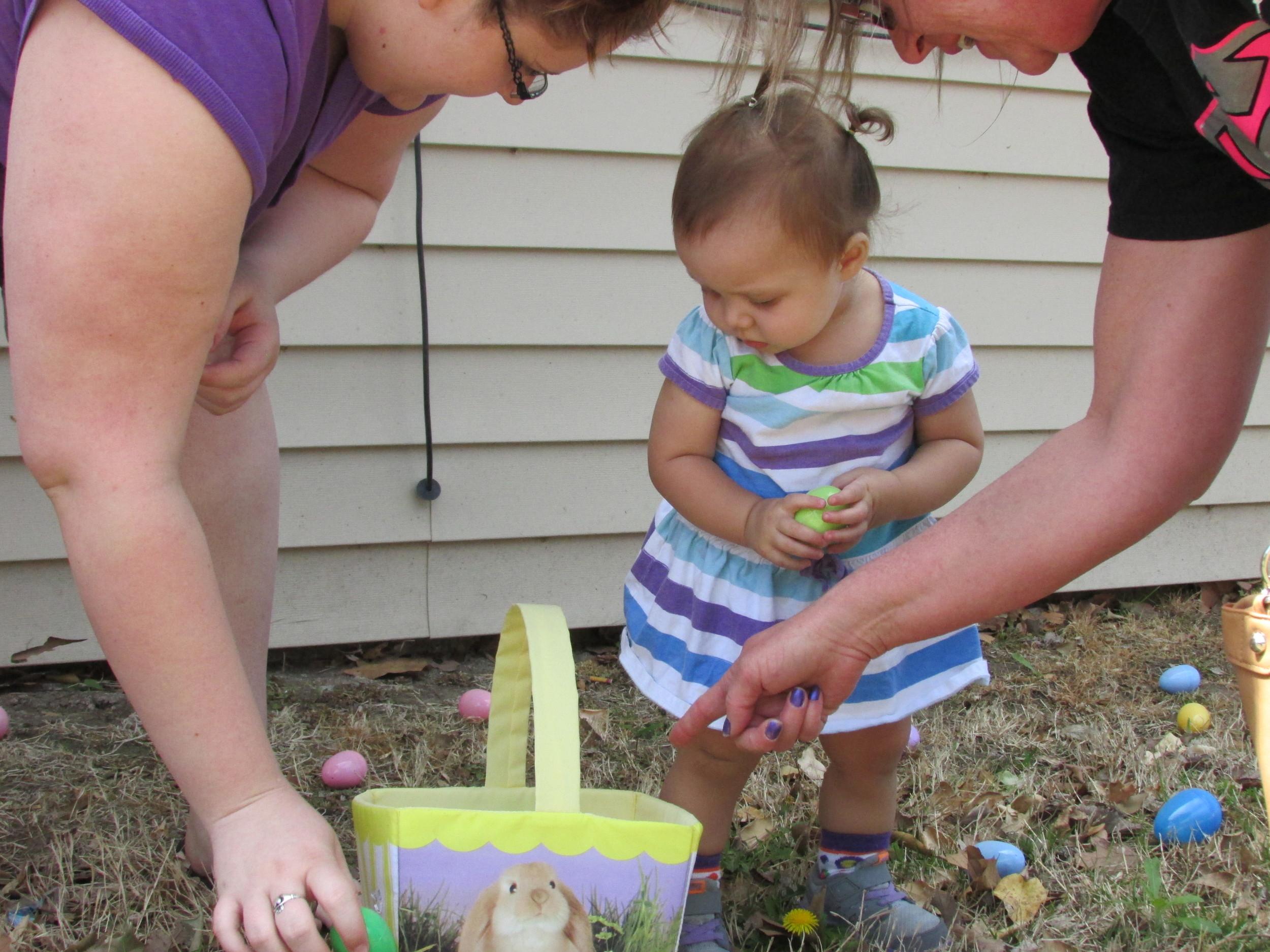 ISA 2014 Easter Egg Hunt_035.JPG