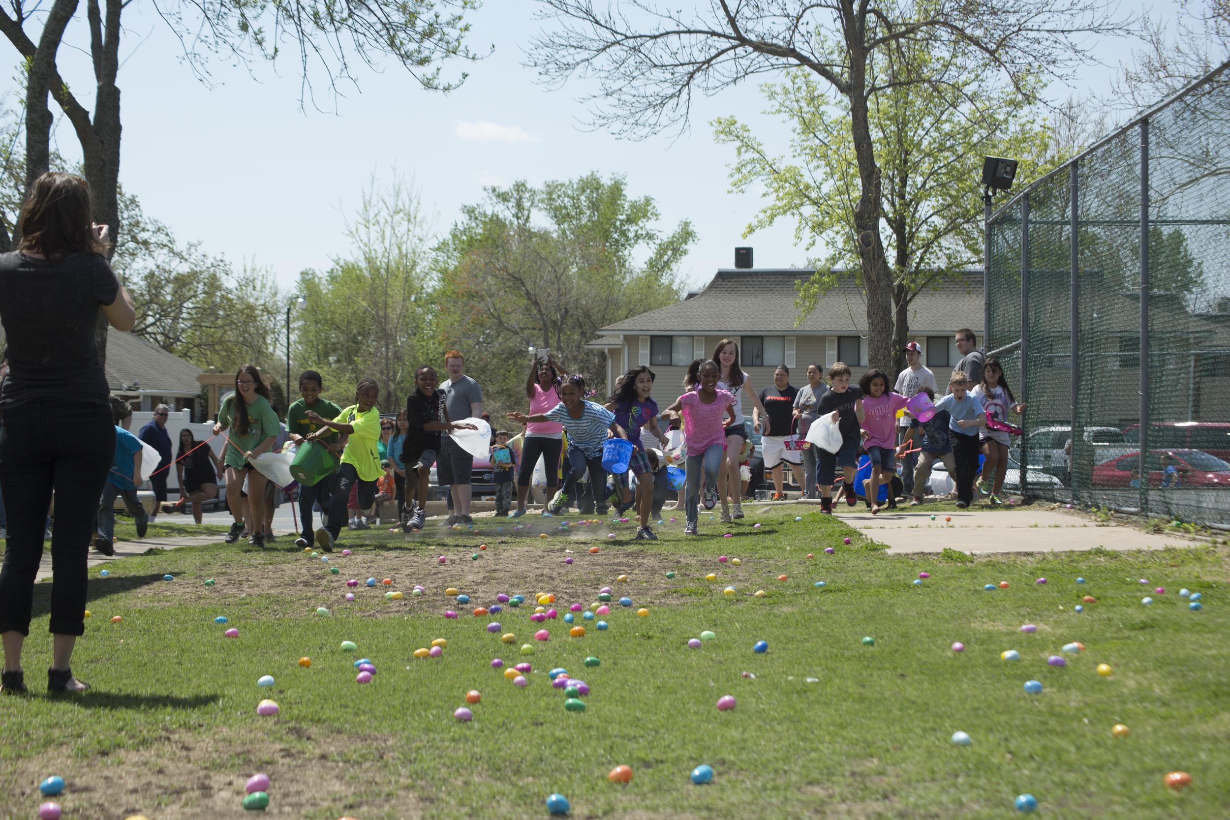 ISA 2014 Easter Egg Hunt_043.jpg