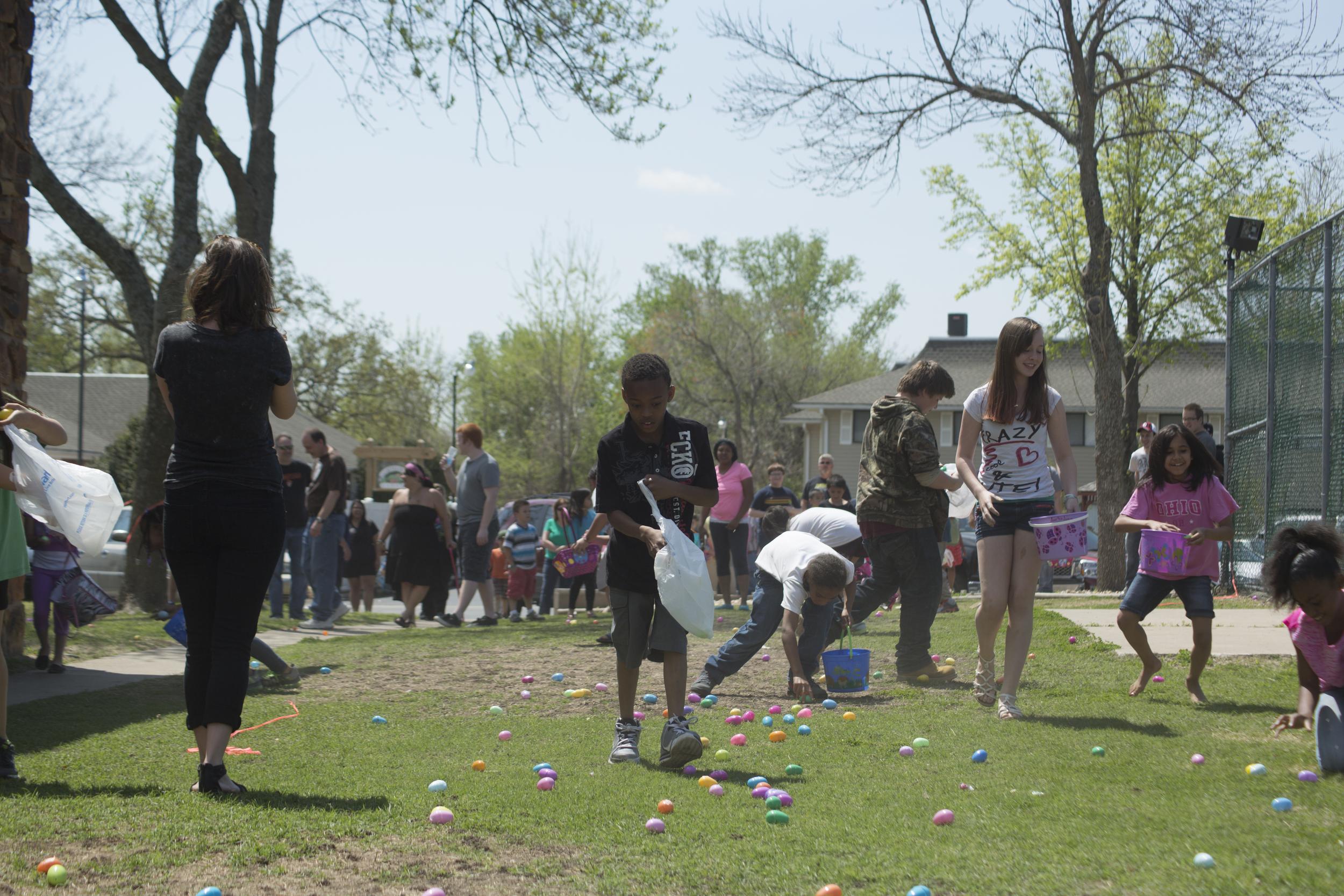 ISA 2014 Easter Egg Hunt_049.jpg