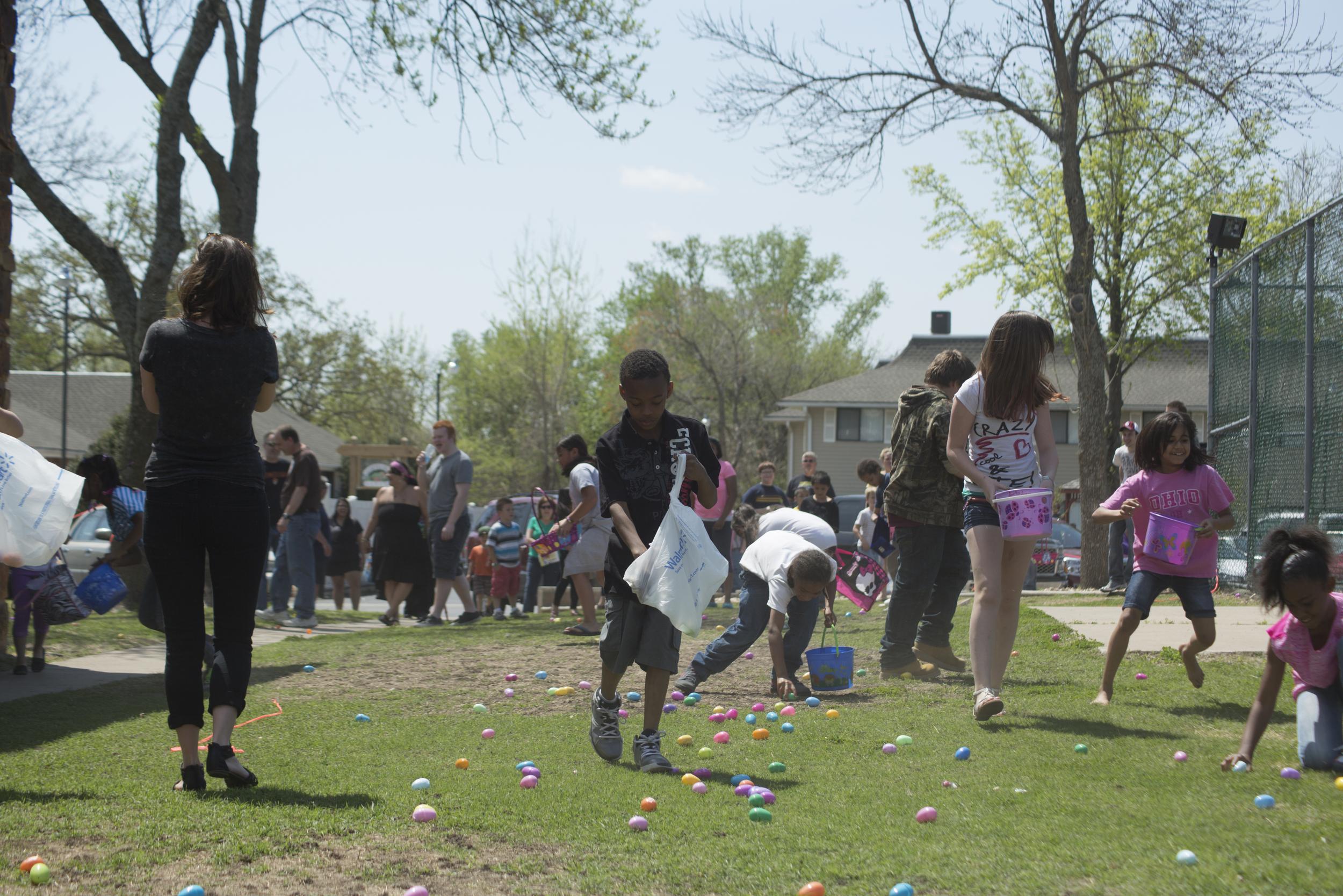 ISA 2014 Easter Egg Hunt_050.jpg