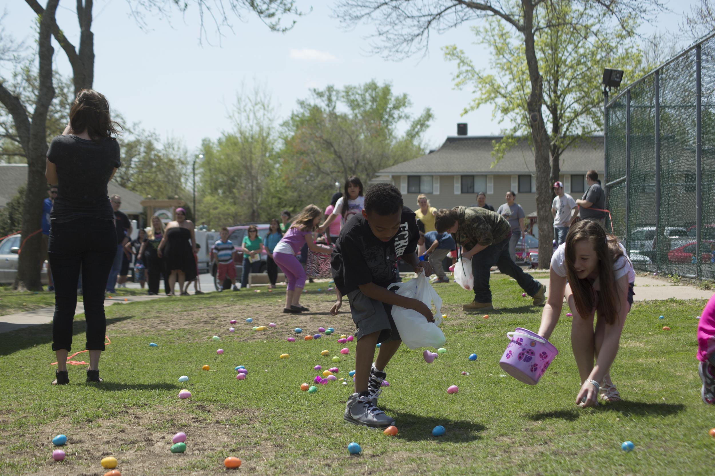 ISA 2014 Easter Egg Hunt_051.jpg