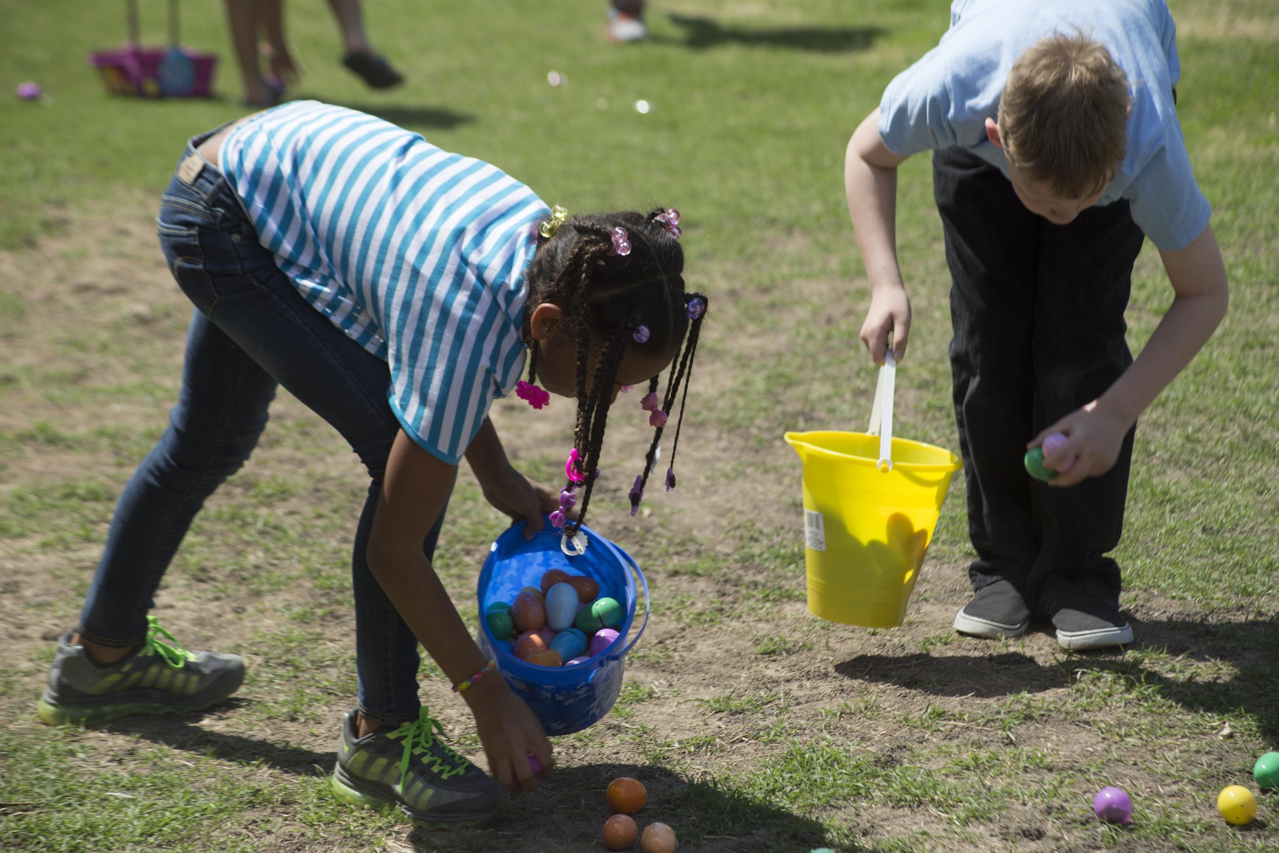 ISA 2014 Easter Egg Hunt_057.jpg