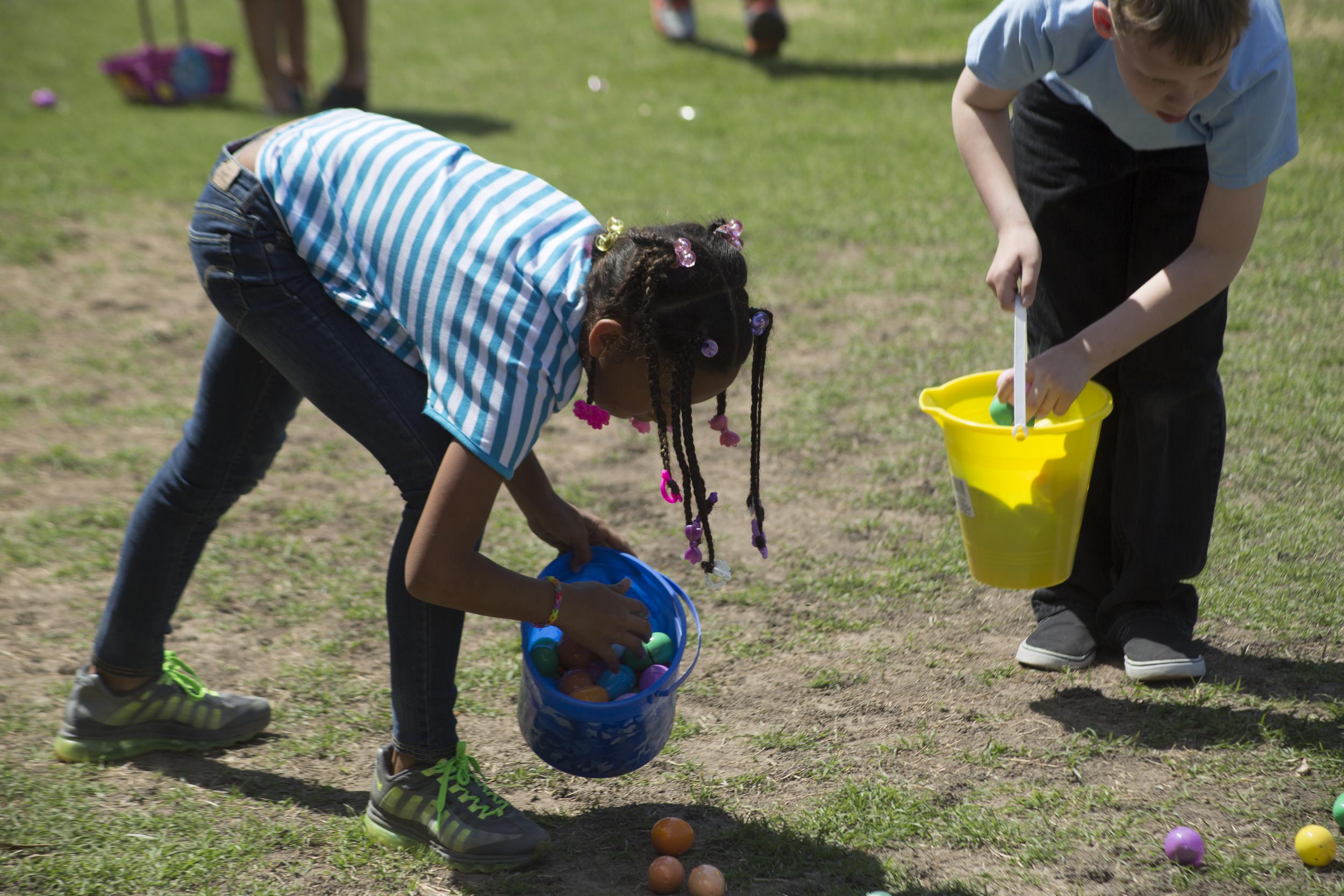 ISA 2014 Easter Egg Hunt_058.jpg