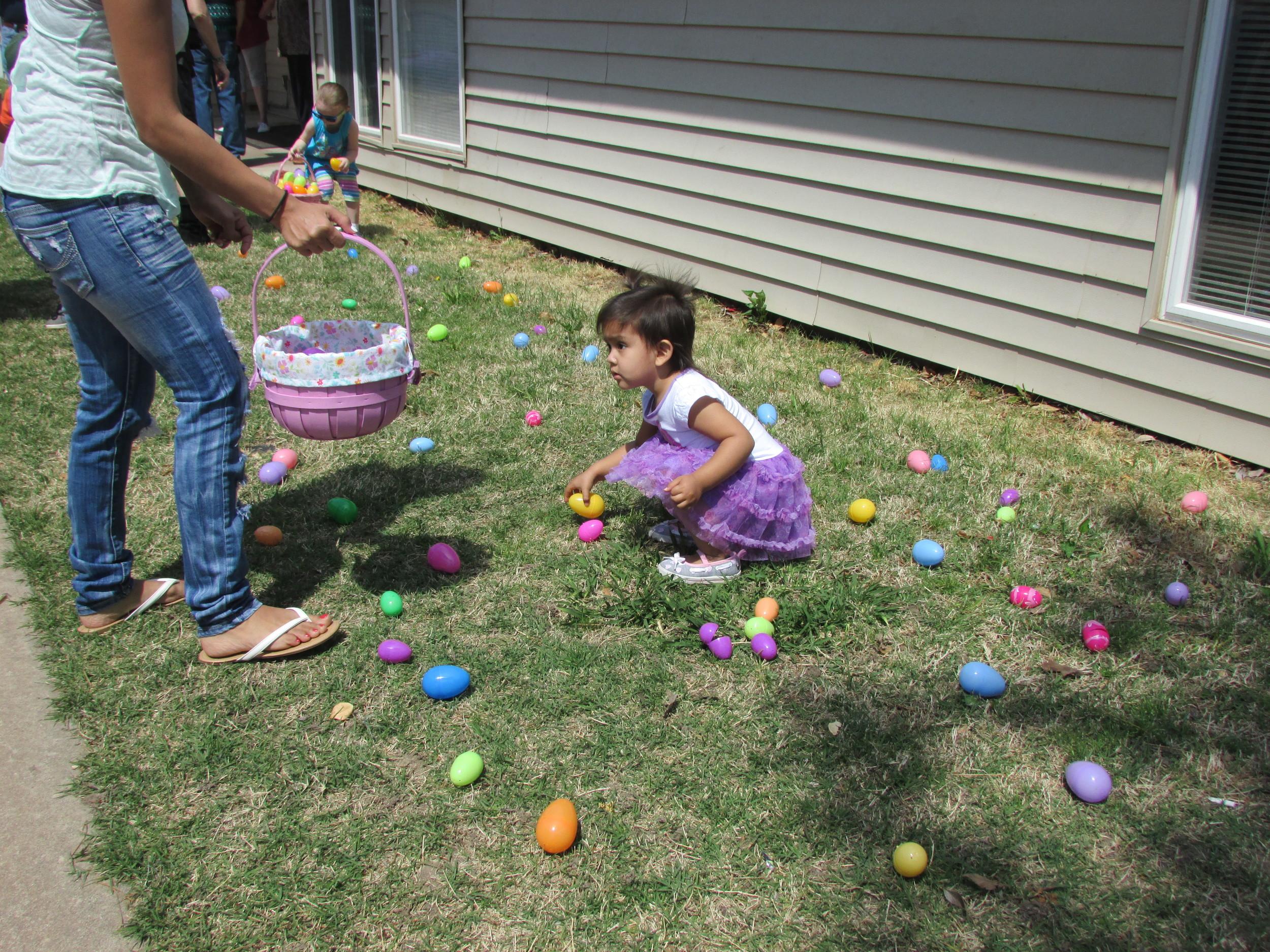 ISA 2014 Easter Egg Hunt_060.JPG