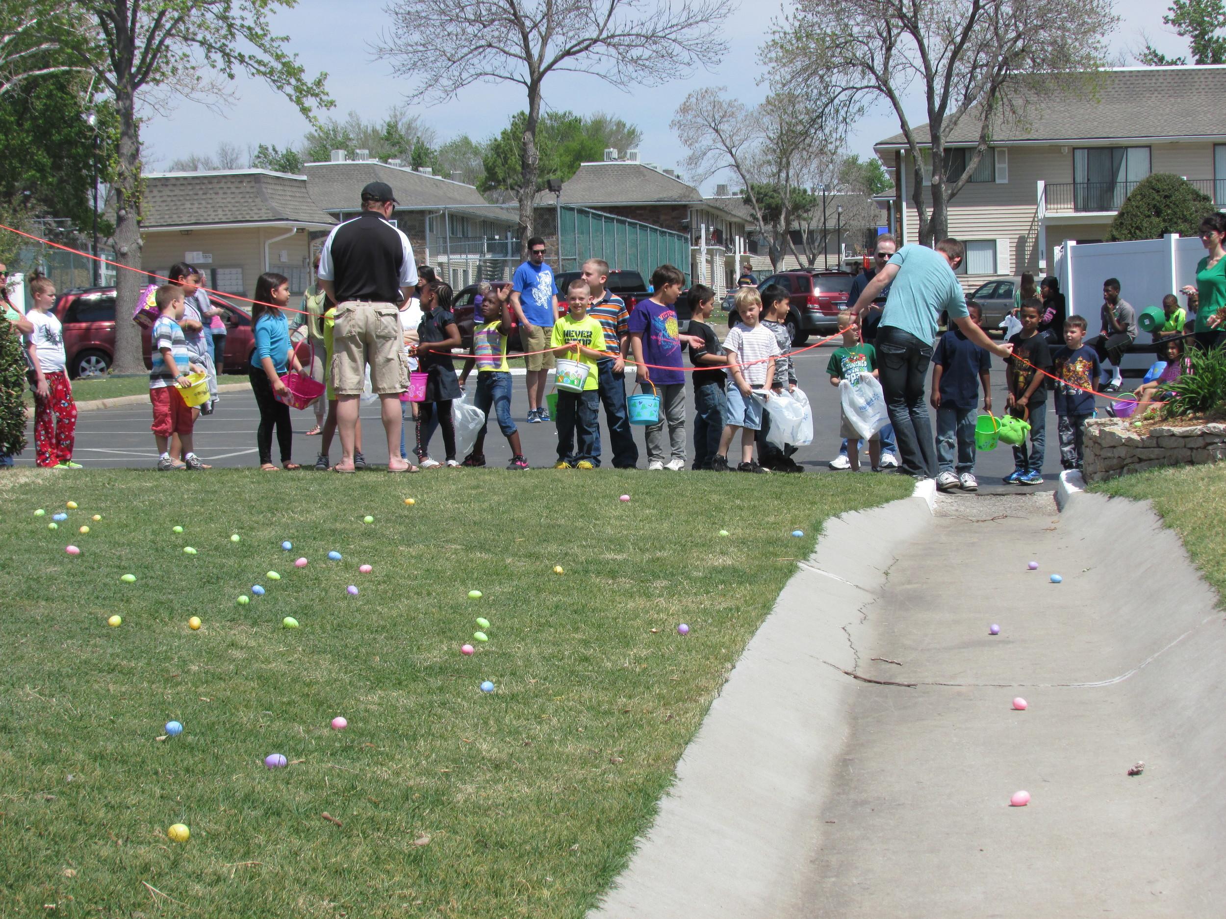 ISA 2014 Easter Egg Hunt_070.JPG