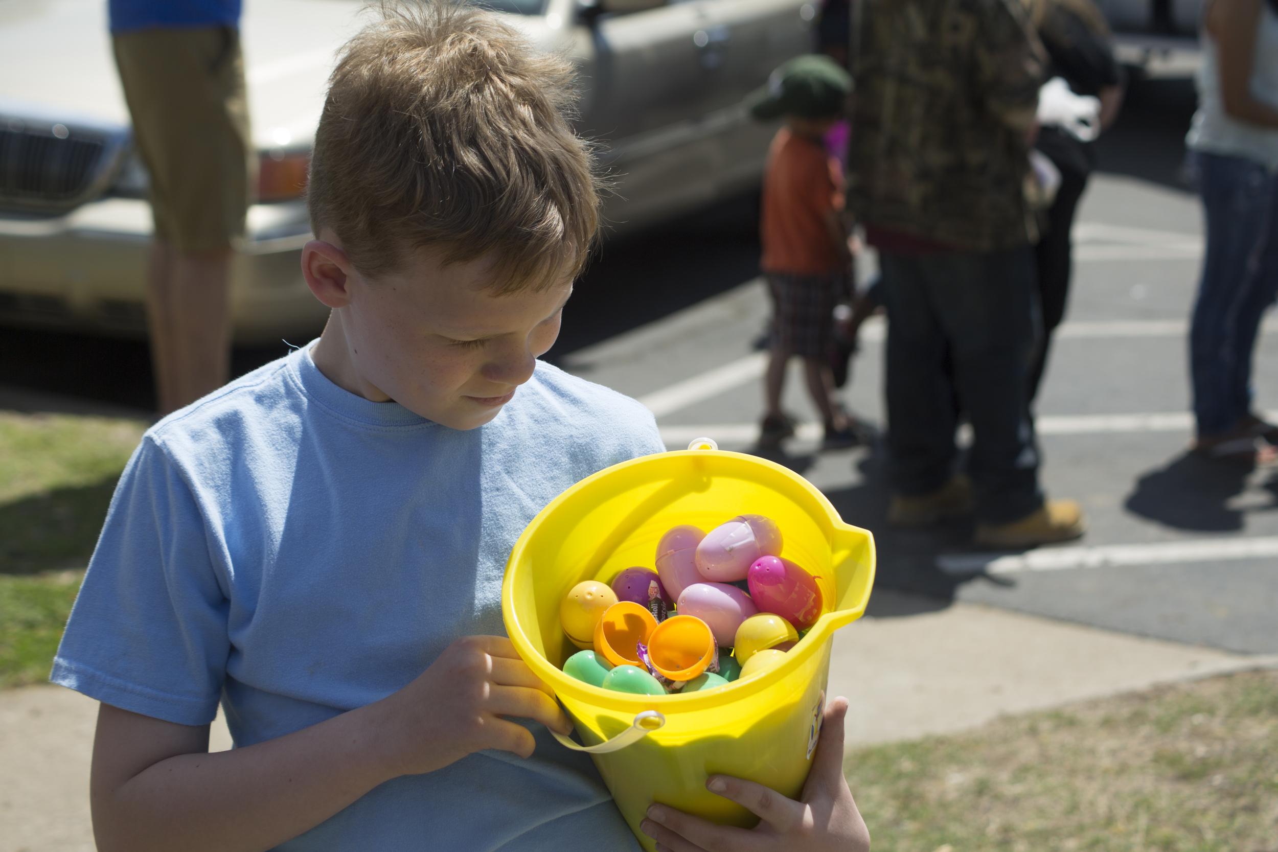ISA 2014 Easter Egg Hunt_073.jpg
