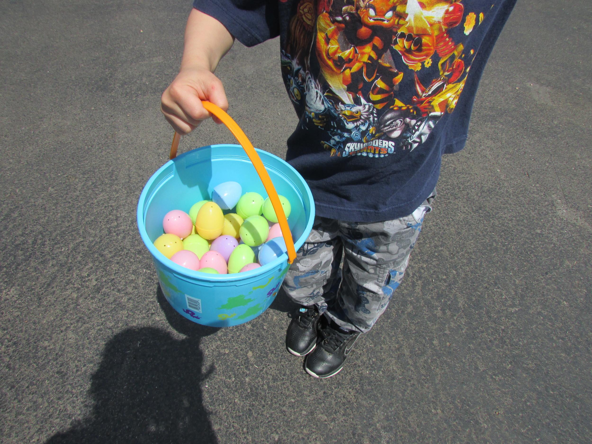 ISA 2014 Easter Egg Hunt_090.JPG