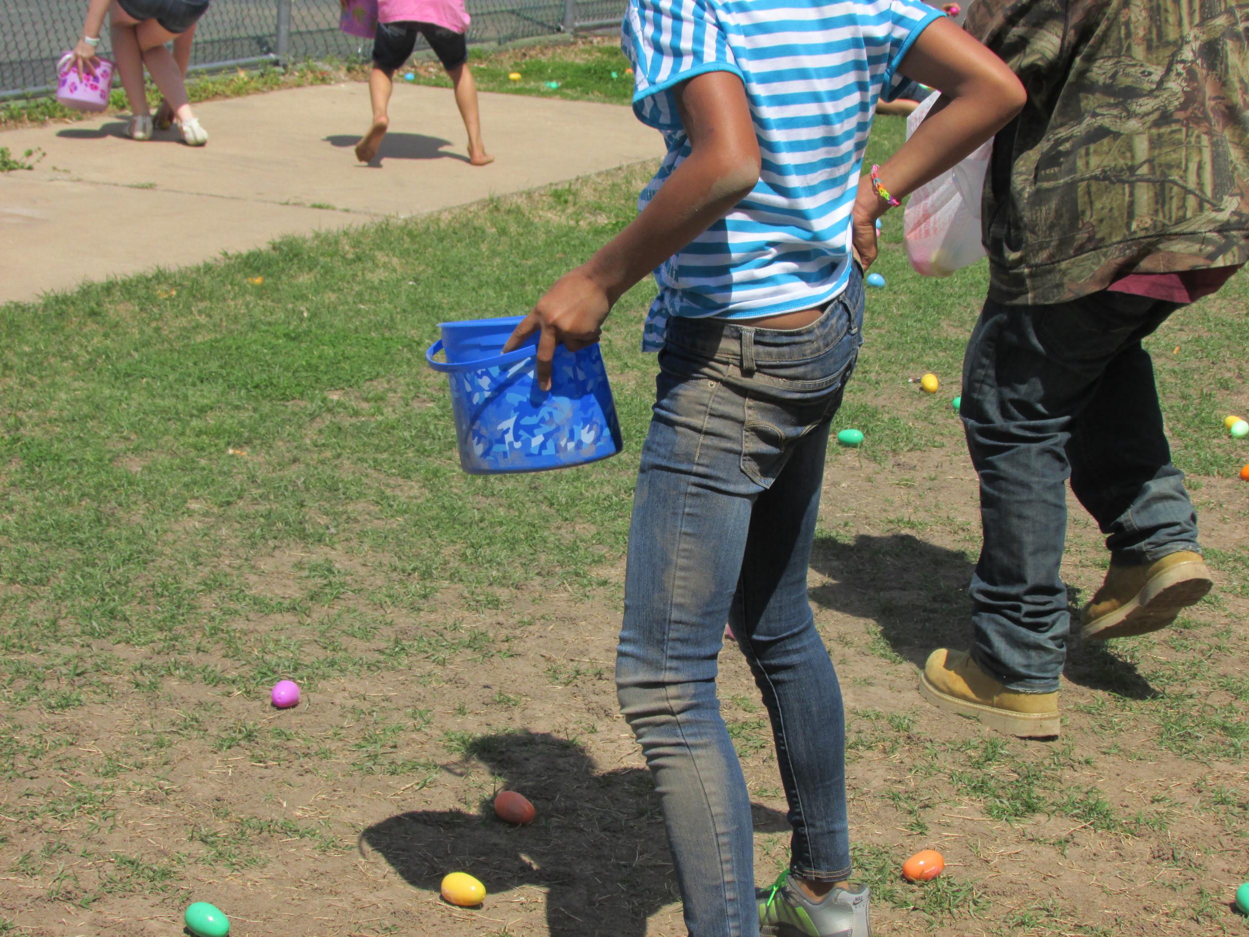 ISA 2014 Easter Egg Hunt_109.JPG
