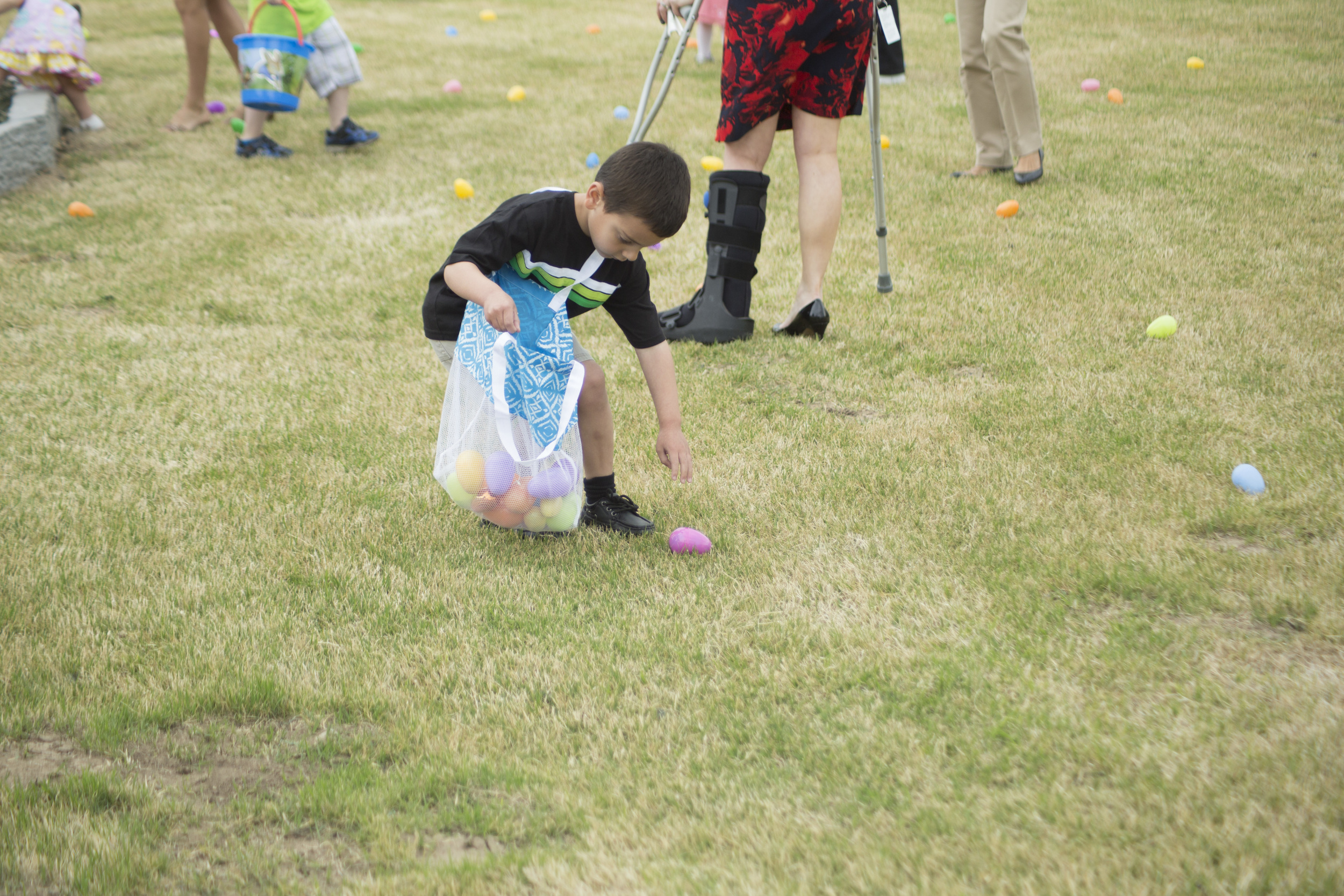 2014 APBC Easter Egg Hunt_019.jpg