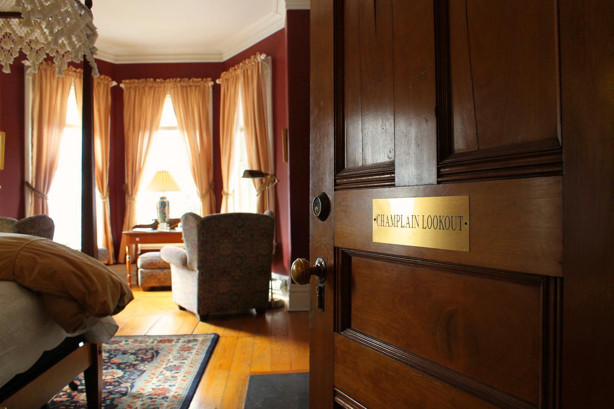 Champlain Lookout, Rm 4 of the Willard Street Inn