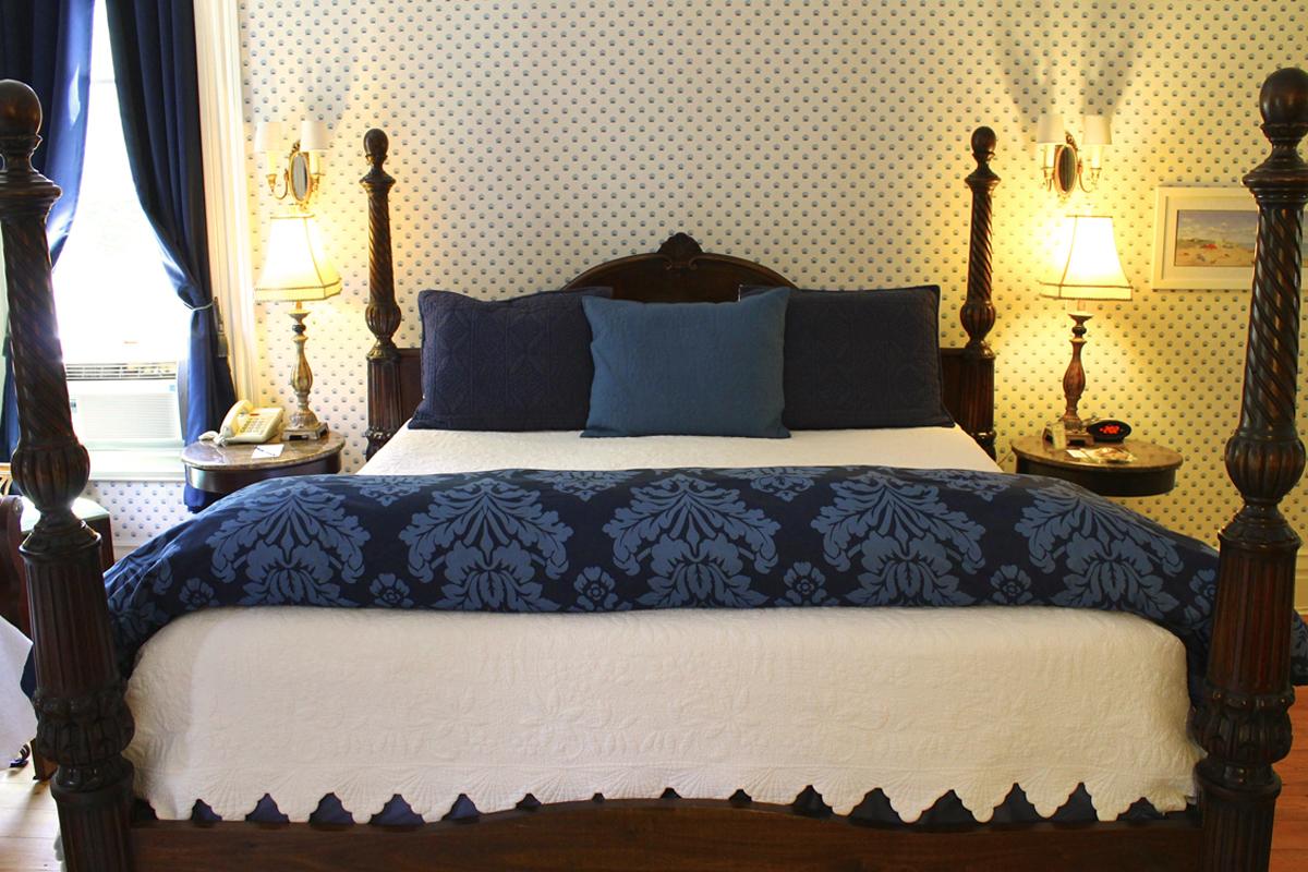 Nantucket Room, Rm 5 of the Willard Street Inn
