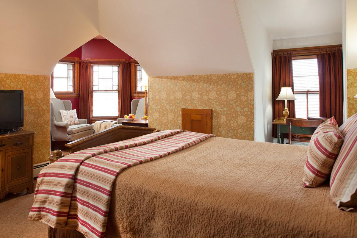 Van Ness Room, Rm 302, Lang House on Main Street