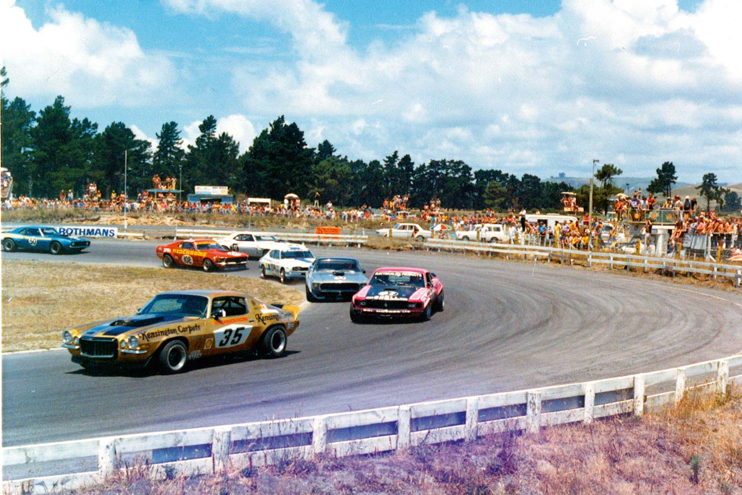 Bay Park big-bangers, with Red Dawson in the Camaro leading Graham Baker, Allan Moffat, Paul Fahey, Jim Richards, and Rod Coppins