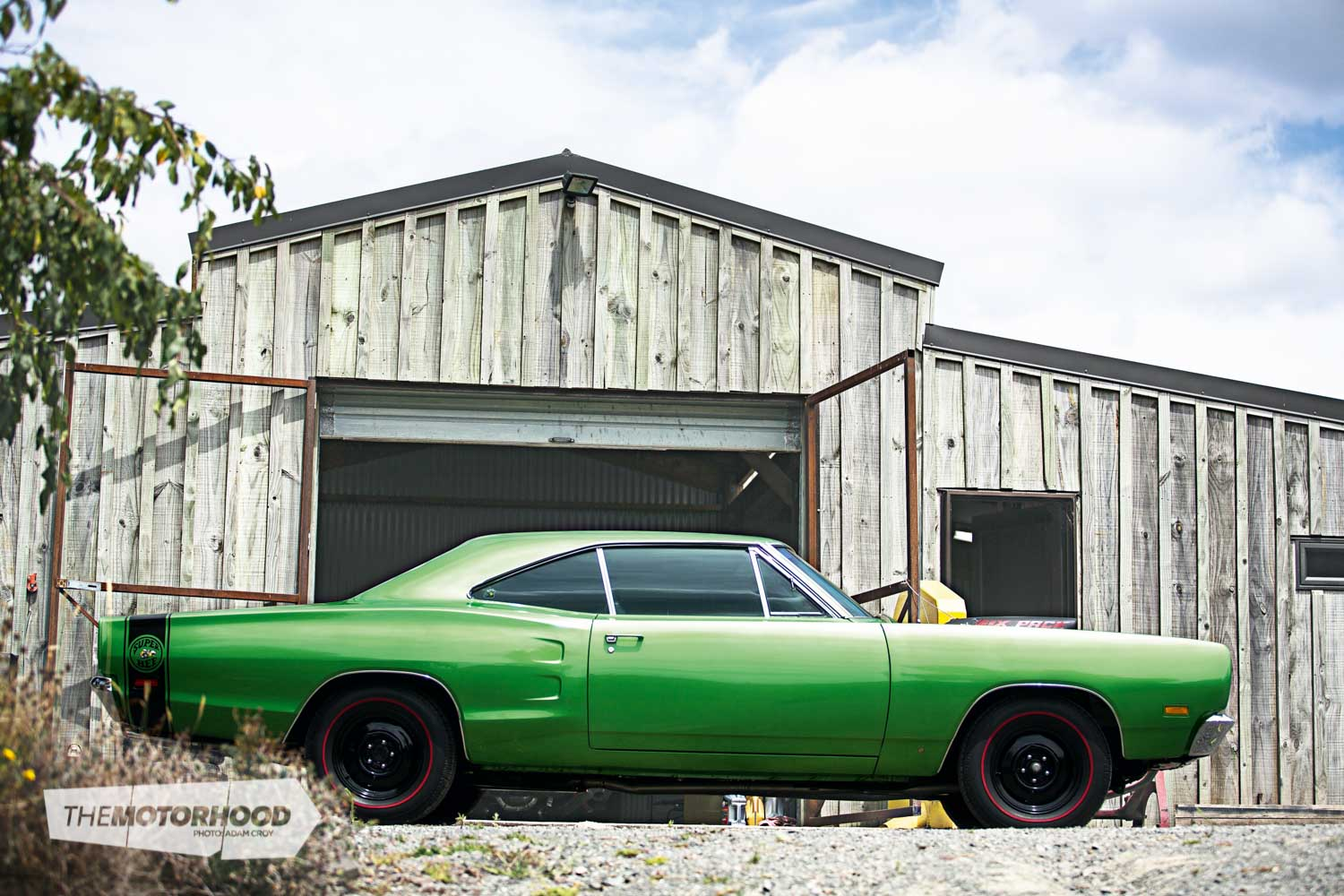 It stings like a bee: take a look at this 1969 Dodge Super