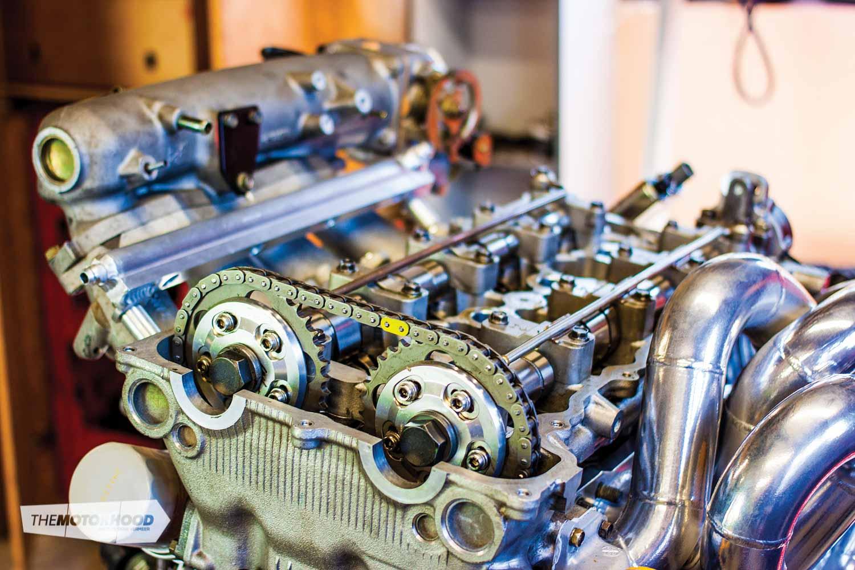Weekend Workshop: rear-wheel-drive VE head swap — The Motorhood