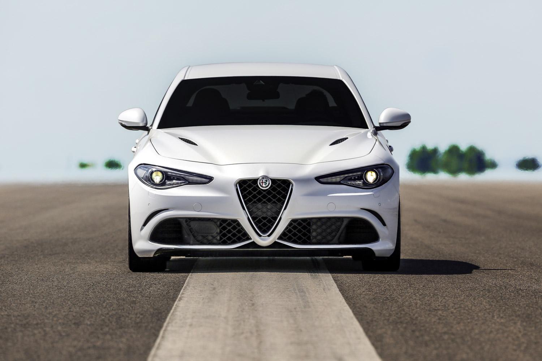 Alfa_Romeo_Giulia_009.jpg