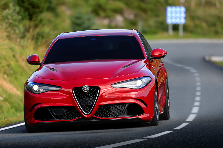 Alfa_Romeo_Giulia_013.jpg
