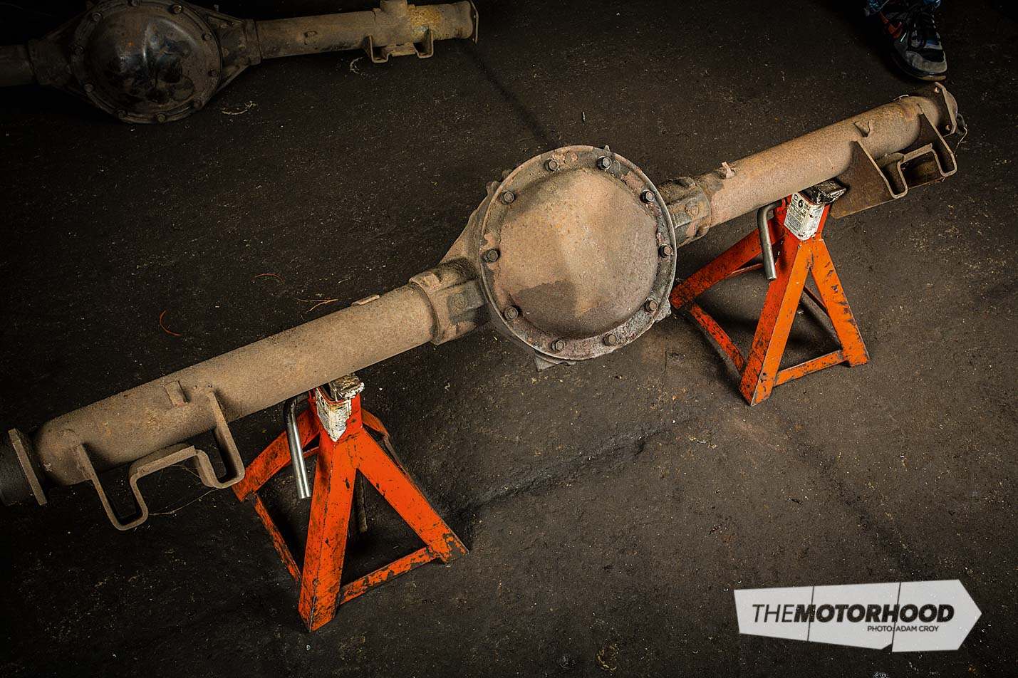 1//2 LOCATOR HOLE 2 PADS FOR 3 REAR END HOUSING AXLE TUBES NEW CURRIE UNIVERSAL WELD-ON LEAF SPRING PADS 1 3//4 WIDE