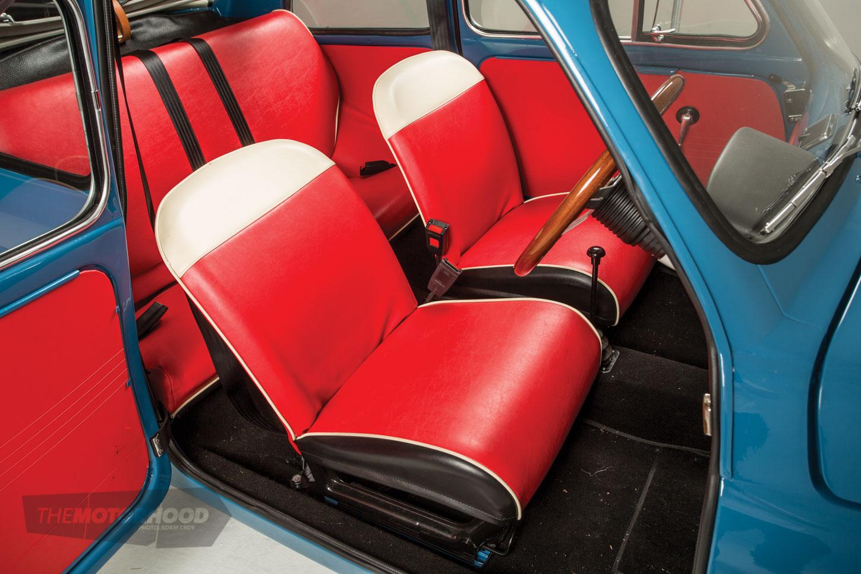 0N0A9240_seats.jpg