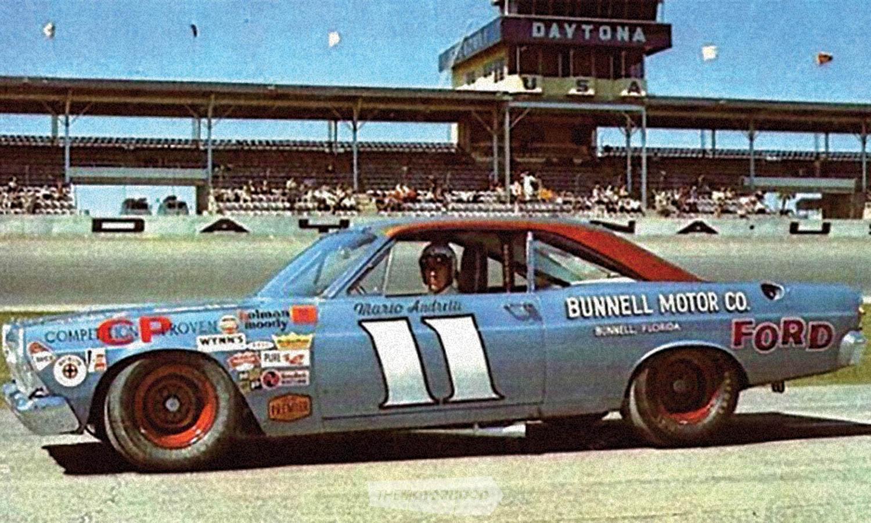Mario-Andretti-Daytona-500-winner-1967.jpg