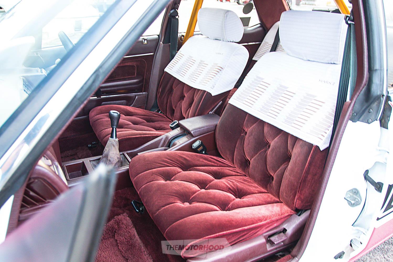 Toyota Mark II GX71-273.jpg