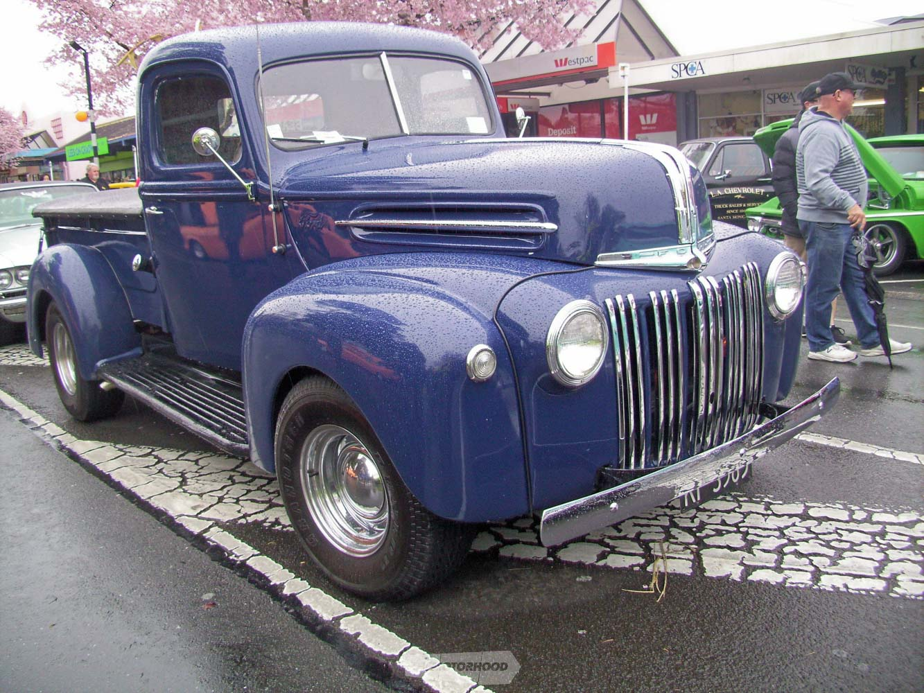 Kevin Goss from Rotorua drove across to show his blue 1947 Ford Pickup truck during  the day.jpg