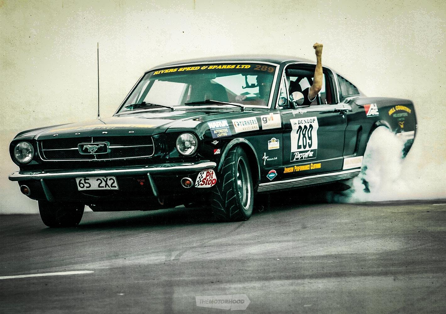 Mustang burnout1.jpg