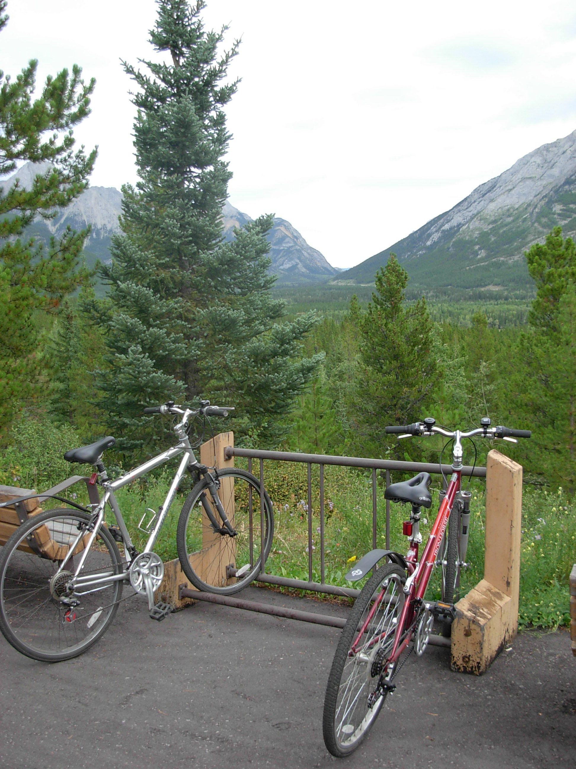 O2-Evan-Thomas-Bike-Path.JPG