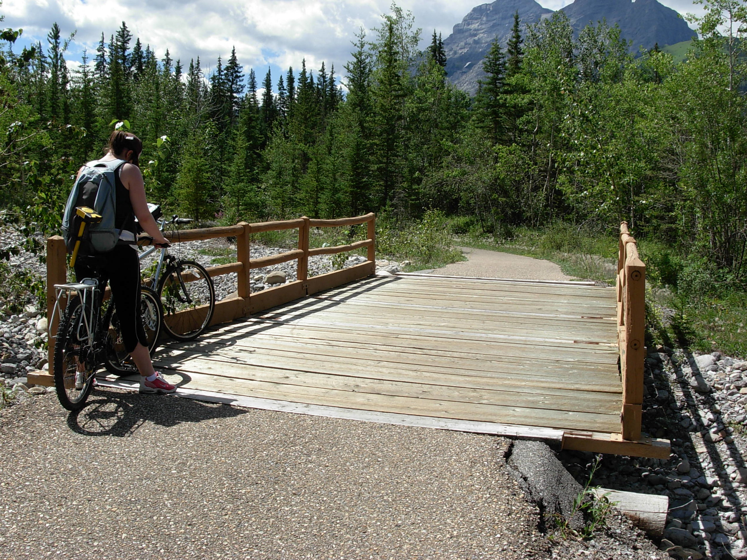 O2-Evan-Thomas-Bike-Path3.JPG