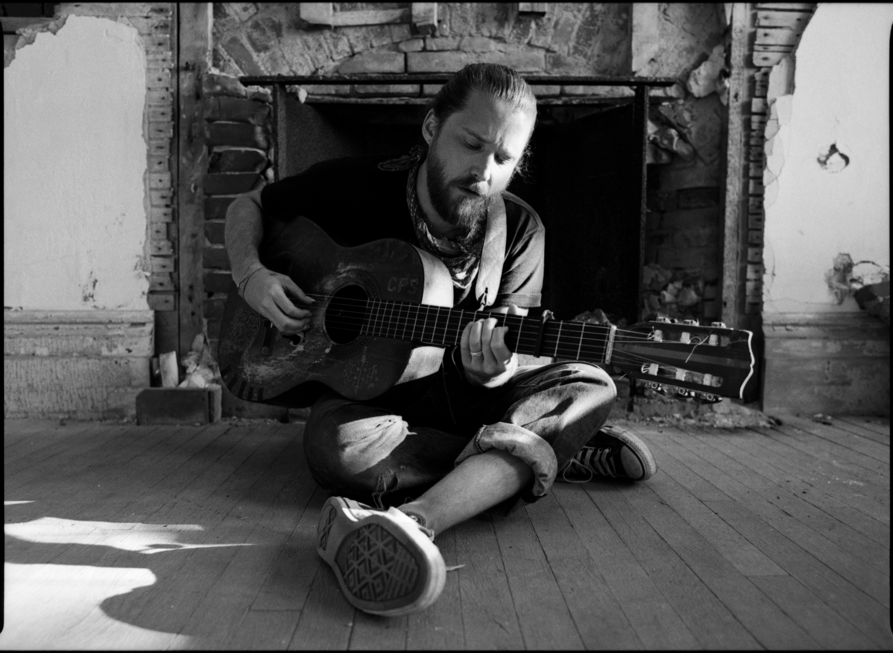 Christopher Paul Stelling inside Fort Adams at Newport Folk Fest