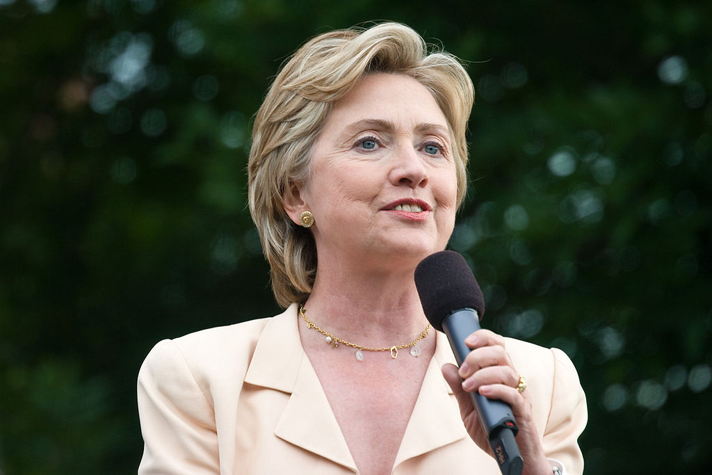by Roger H. Goun from Brentwood, NH, USA (Sen. Hillary Clinton) [ CC BY 2.0 ],  via Wikimedia Commons