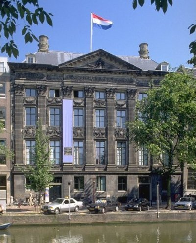 Amsterdam Municipal Department for the Preservation and Restoration of Historic Buildings and Sites,  via Wikimedia Commons