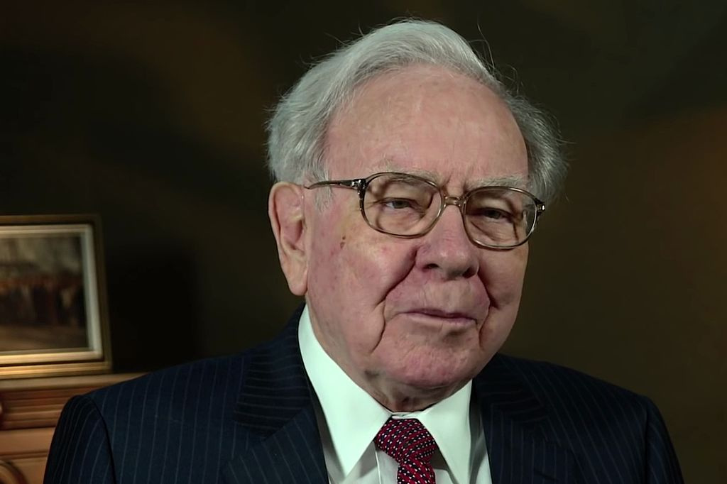 Warren_Buffett_at_the_2015_SelectUSA_Investment_Summit.jpg