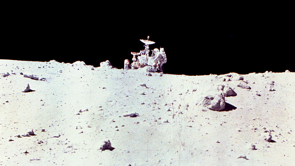 Astronaut_Charles_Duke_with_Lunar_Rover_on_Moon_-_GPN-2002-000071.jpg