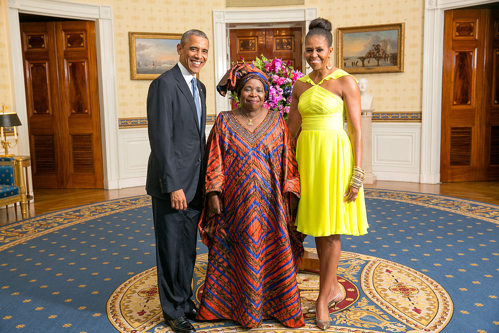 The new Minister of Cooperative Governance and Traditional Affairs, Nkosazana Dlamini Zuma, with the Obamas in 2014. Photo credit: Office of the White House (Amanda Lucidon) [public domain],  via Wikimedia Commons