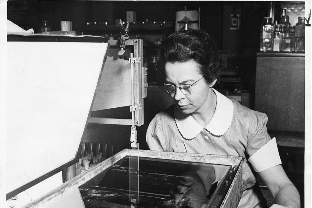 """""""[Katharine Burr] Blodgett worked closely with [Irving] Langmuir at General Electric in Schenectady, N.Y., to develop Langmuir-Blodgett films and the apparatus that generates them. Langmuir deserved the prize, but Blodgett helped with key experiments and could have shared it, Schott said."""""""