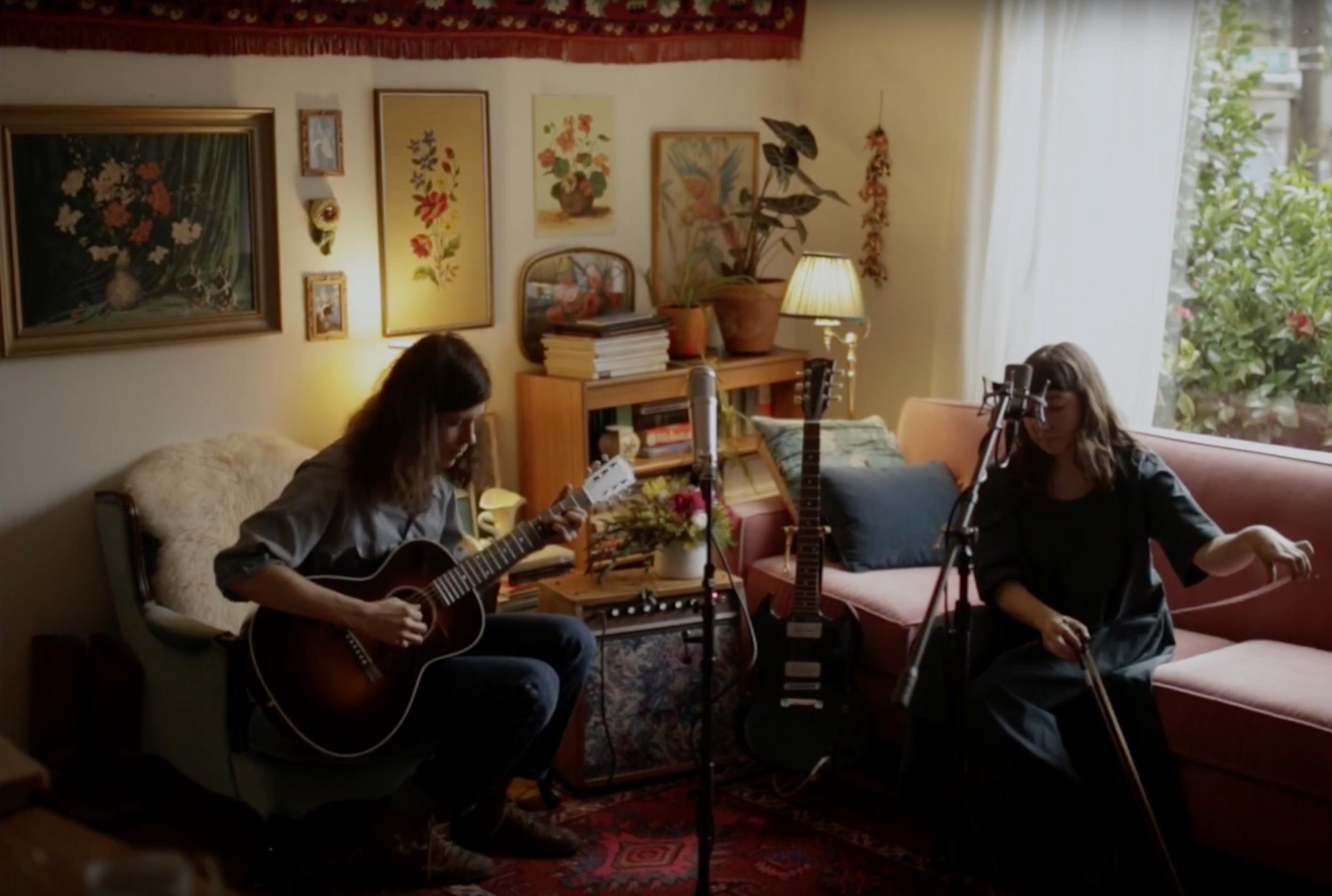 Baxter Roy Long & Rachael Perisho performing 3 songs in Portland, OR.