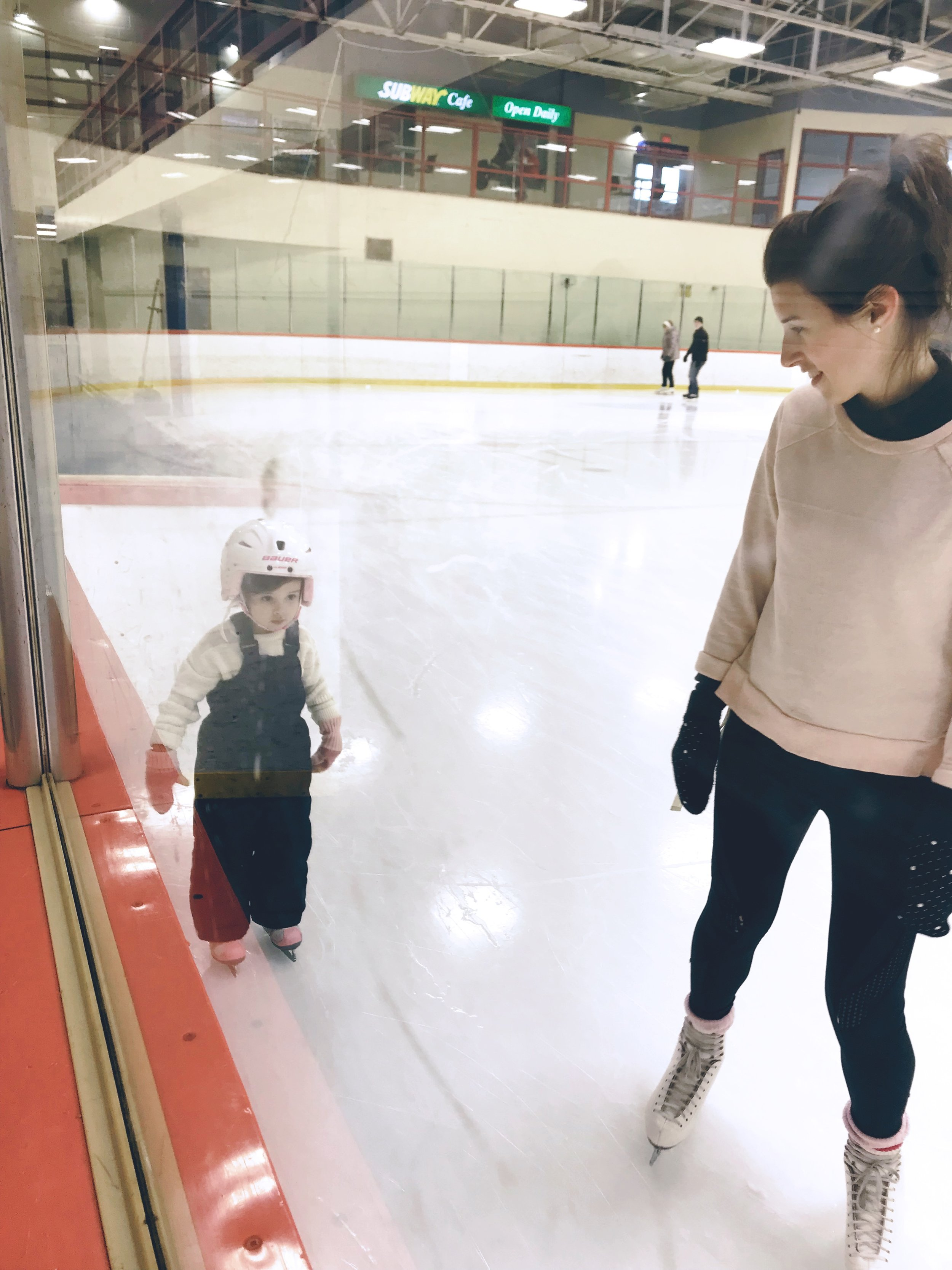 Amy.zoe.skating.byamygrace