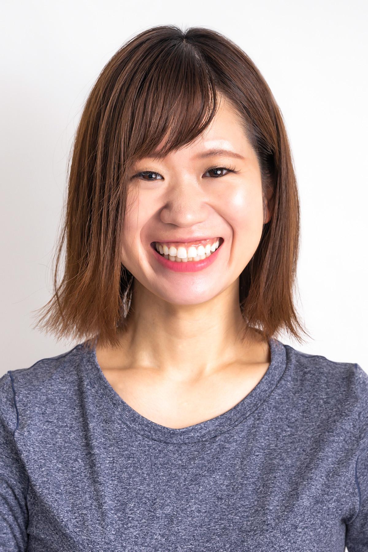 パーソナルトレーナー   和多 那美子 Namiko Wada   略歴:   ヨガスタジオでインストラクターとして活動し、エステ、フットセラピーのお店でも5年間勤務。その後フリーのインストラクターとして活動しながら、トレーナーとしての知識や技術の習得に励んでいました。2018年よりAnchorで活動しています。  ヨガ、ピラティスの指導、またセラピストとしての経験から、オイルマッサージ、リフレクソロジー、デコルテなども行えます。ご希望の方は、お知らせください。   資格:   全米ヨガアライアンスRYT200取得  日本セラピスト協会認定セラピスト  PHIピラティスインストラクター