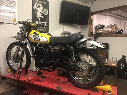 Dirty Billy Brooklyn DT400 Yamaha Enduro First Build Moto Garage.jpg