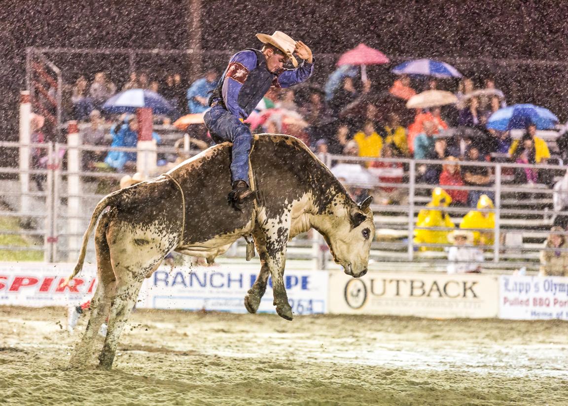 Dustin-DeYoe-Photography-Bull-Riding-19.jpg
