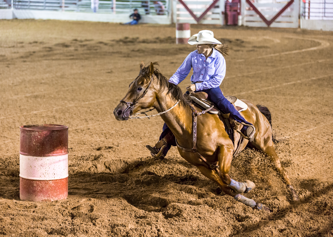 Dustin-DeYoe-Photography-Barrel-Racing-2.jpg