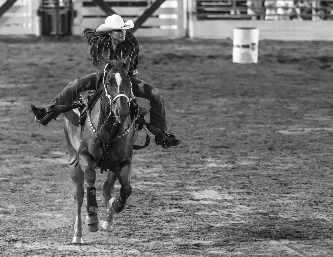Dustin-DeYoe-Photography-Barrel-Racing-7.jpg