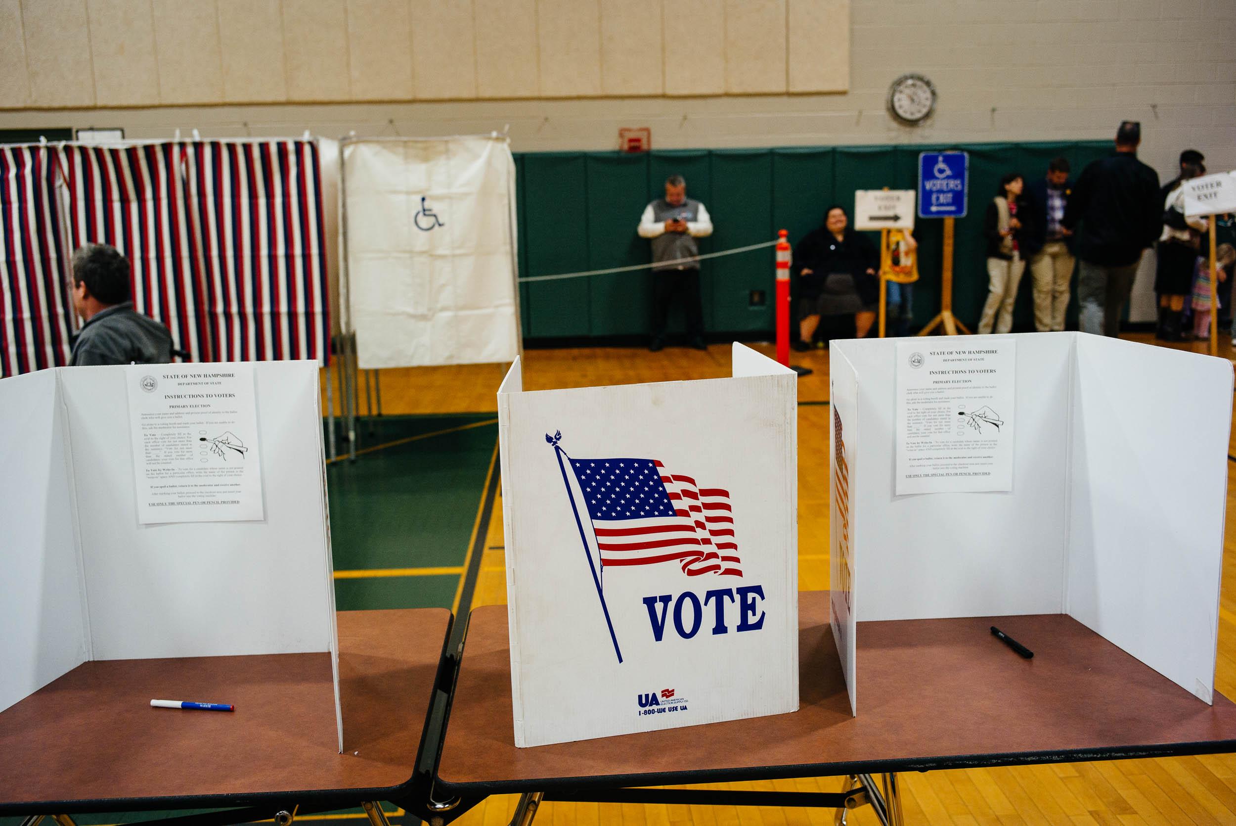 voting_NH_Nov2016_by_Lomanno_0006_web.jpg