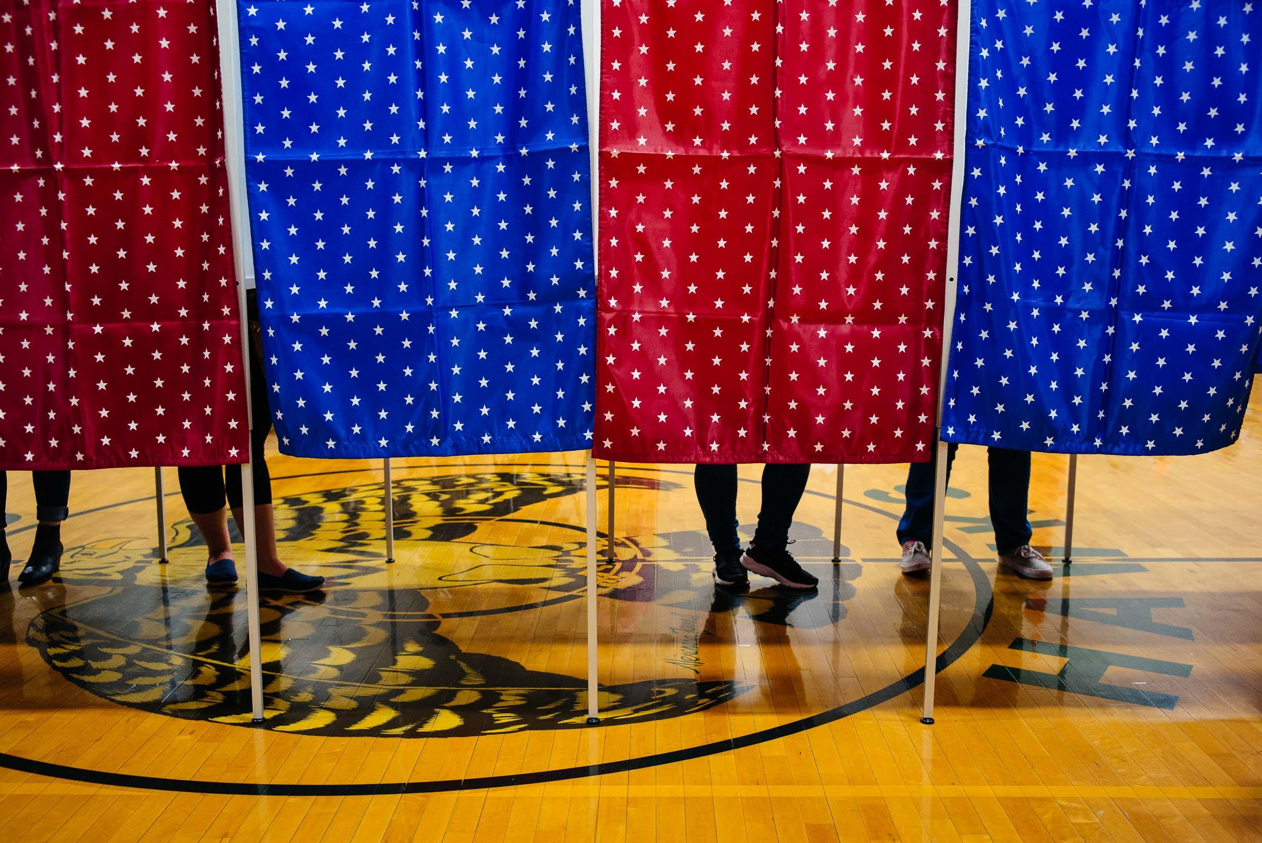 voting_NH_Nov2016_by_Lomanno_0005_web.jpg