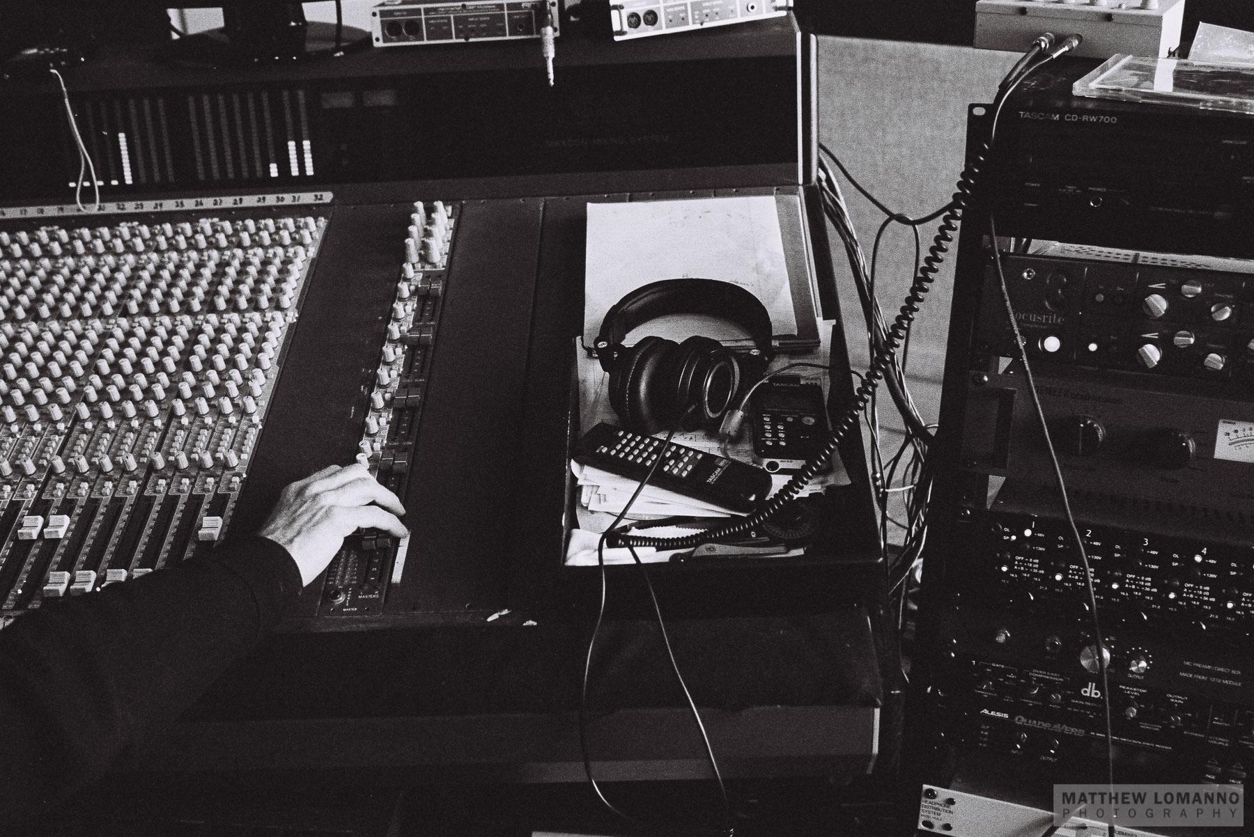MillPondMusicStudio_Portsmouth_2013_by_Lomanno_0001_web.jpg