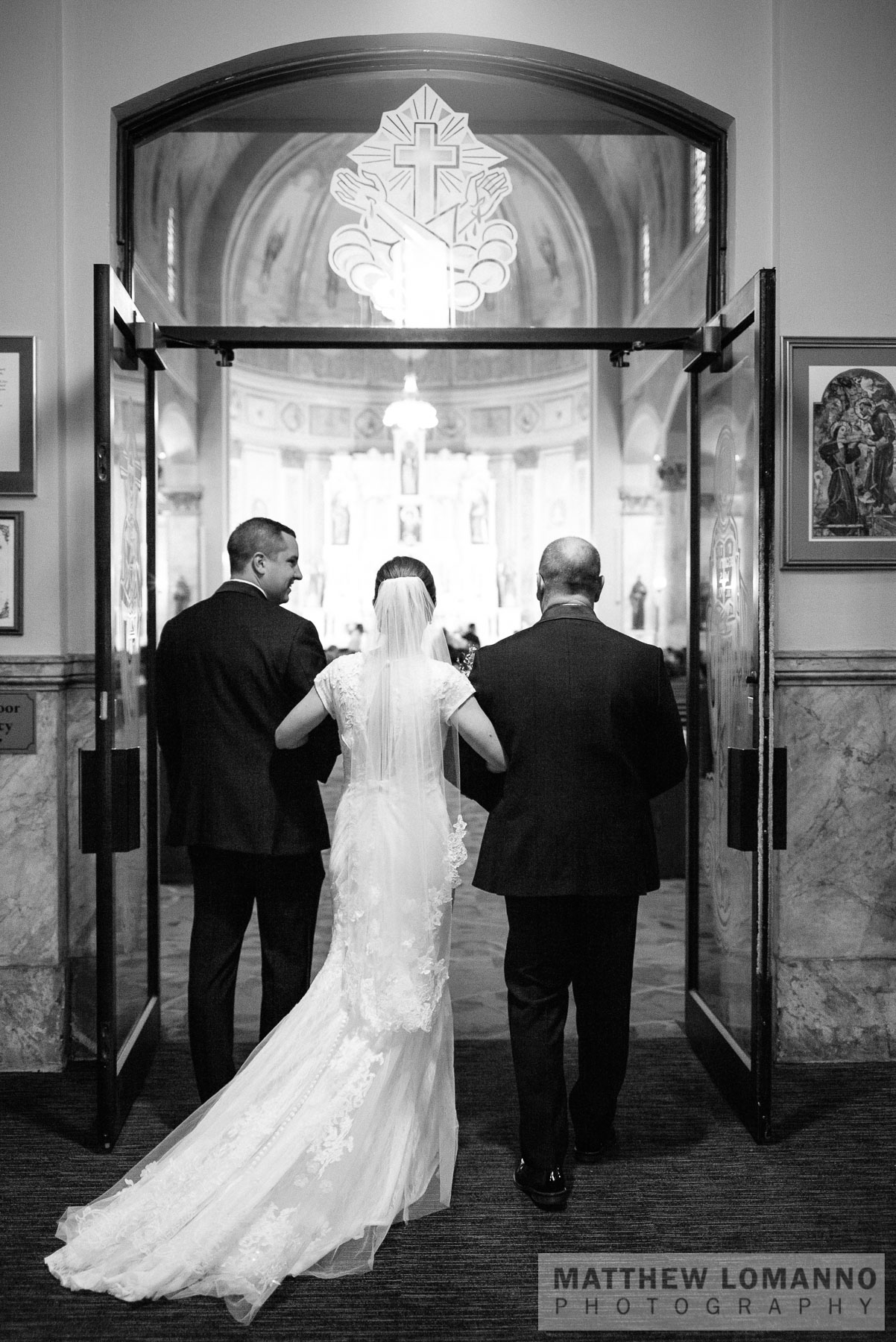 Sarah&Ryan_ceremony_by_Lomanno_0021_web.jpg