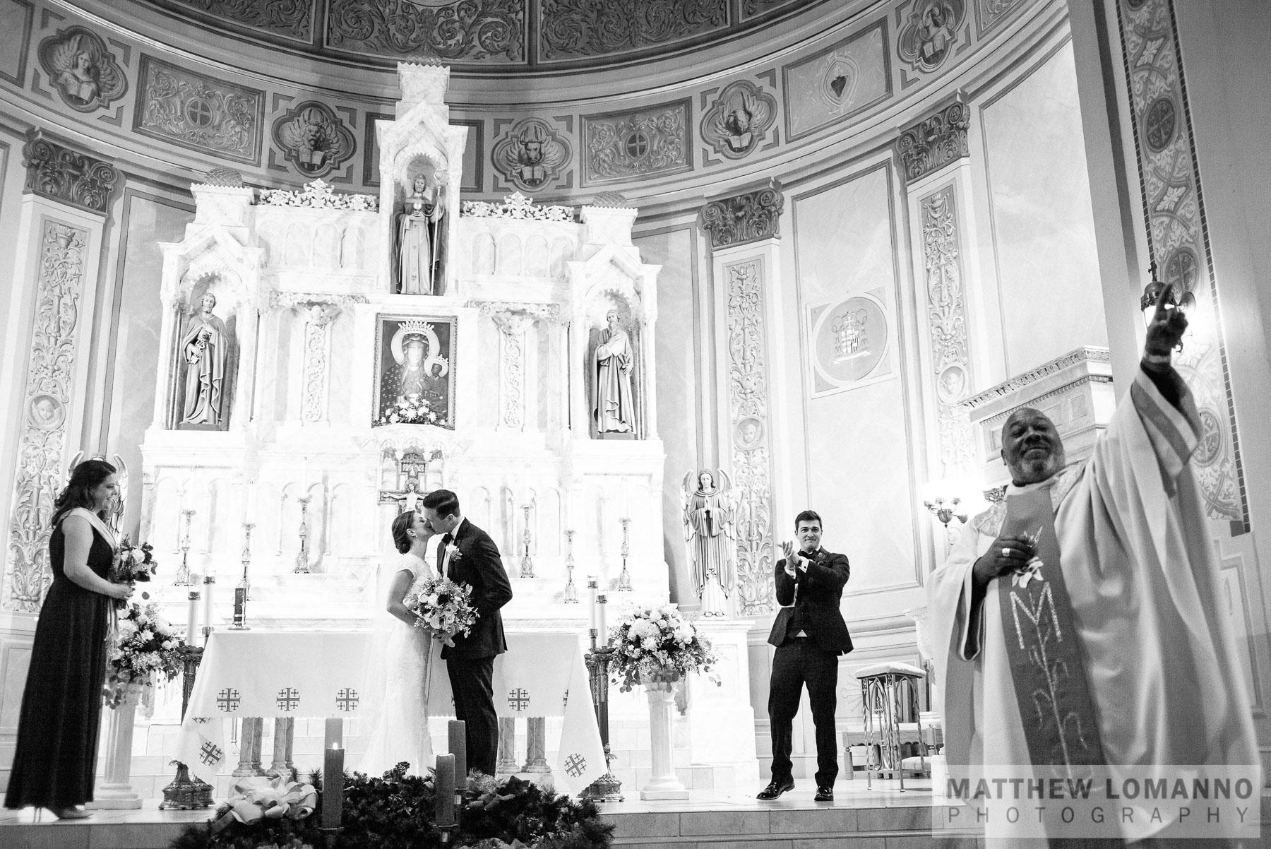 Sarah&Ryan_ceremony_by_Lomanno_0061_web.jpg