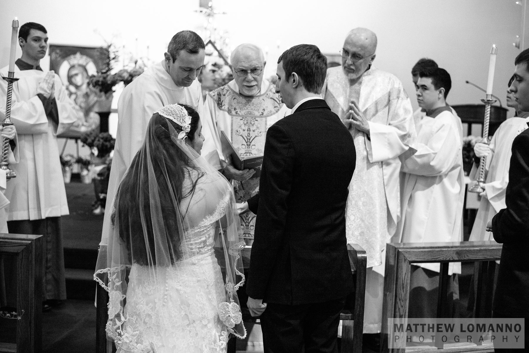 Sophia&Andrew_ceremony_by_Lomanno_0047_web.jpg